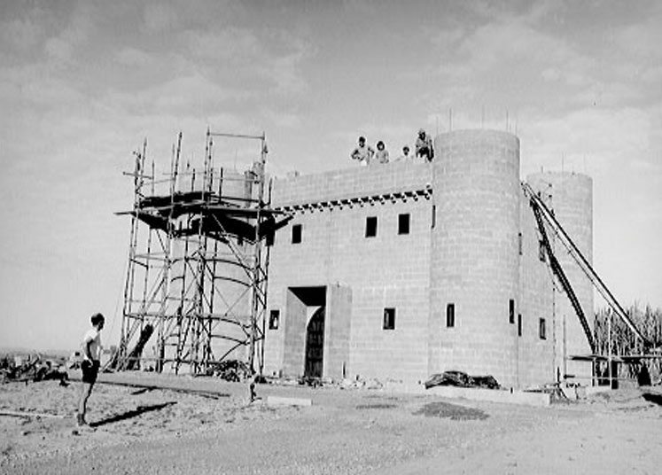Black and white, the Building of Sunshine Castle - Stage 1