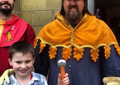 Sir Justyn with a squire