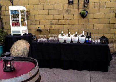 staellite courtyard bar